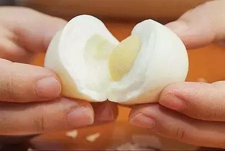 一天最多一個雞蛋。吃多了膽固醇真會高嗎? - 每日頭條