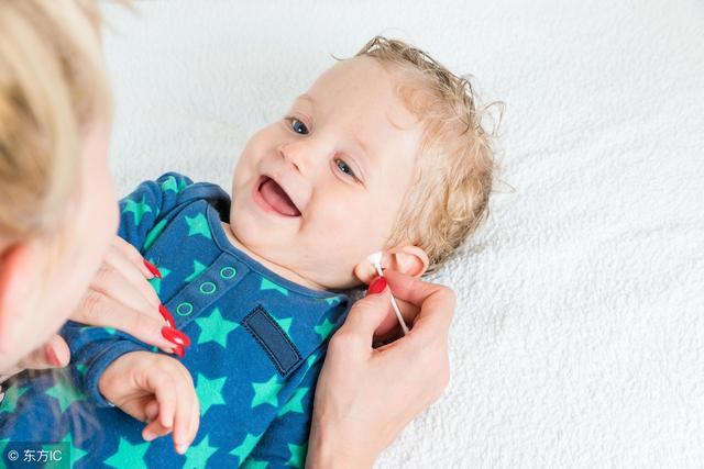 正常的嬰兒對聲音的反應該是什麼樣子的呢 - 每日頭條