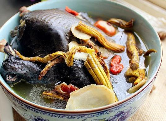 秋冬煲什麼湯給老公喝?幾道簡單的補湯做起來 - 每日頭條