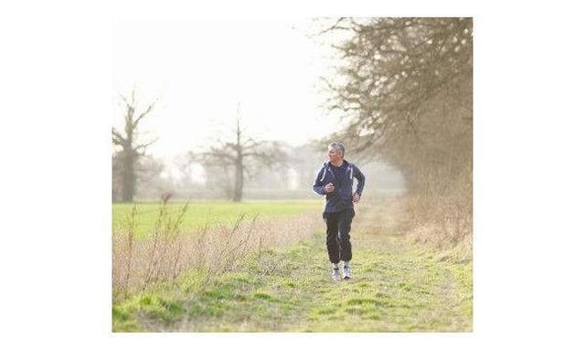 無論男女,40歲後每天晨跑4公里,身體在一年後會發生這些改變! - 每日頭條