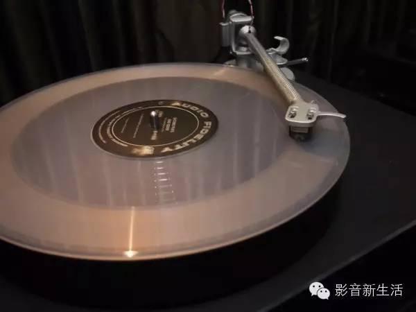 科普 | 把玩黑膠系統:您對黑膠唱片了解嗎 - 每日頭條