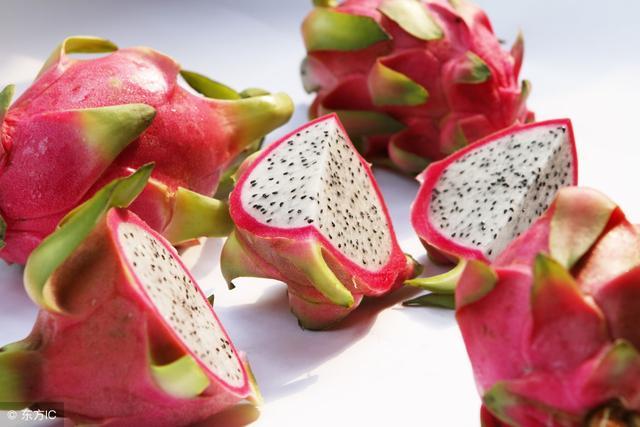 買水果應該選大的還是小的。火龍果是什麼植物的果實。有什麼營養 - 每日頭條