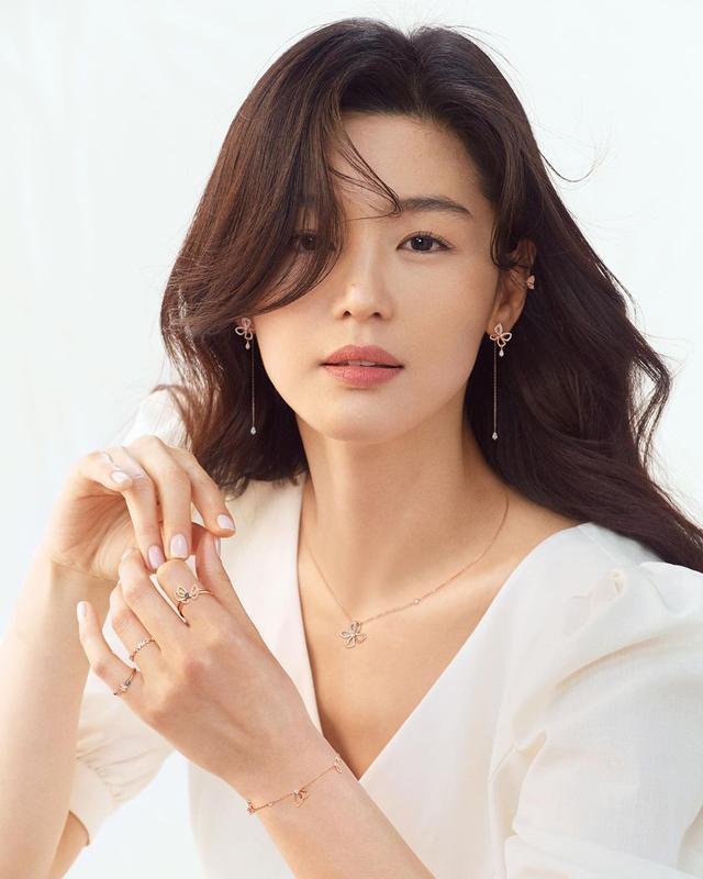 盤點5位即將滿40歲的韓國女星:宋慧喬,全智賢,張娜拉真逆齡 - 每日頭條