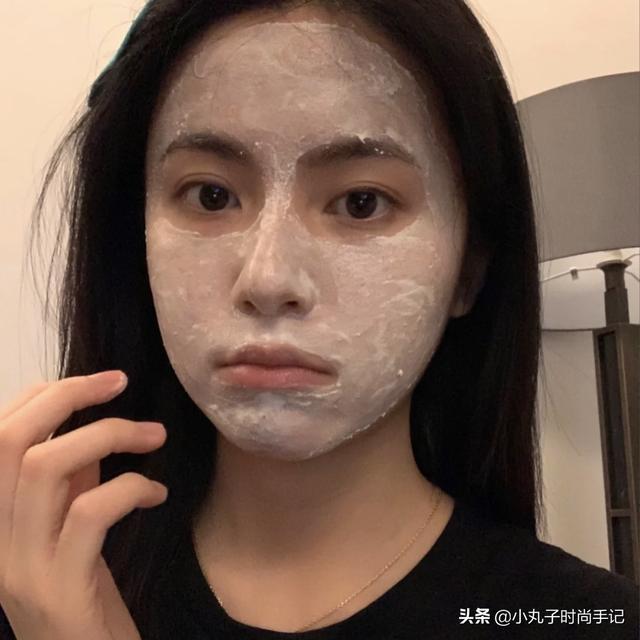 敷完面膜不能馬上洗臉?難怪你皮膚這麼差。原來是一直沒做對 - 每日頭條