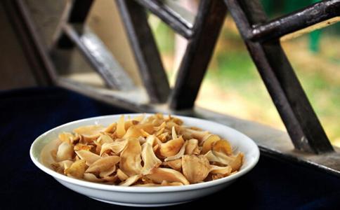 氣虛引起乾咳 秋季乾咳吃五種食物 - 每日頭條