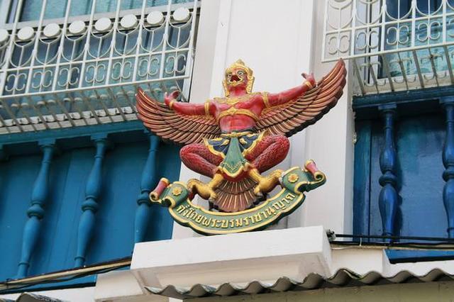 大鵬金翅鳥,印度神話中的一種巨鳥,轉寫: Garuḍa ;巴利語: Garuḷa ),到底有多厲害 - 每日頭條