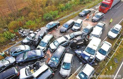 史上最嚴重連環車禍 致幾十餘人死亡 車禍現場慘不忍睹 - 每日頭條