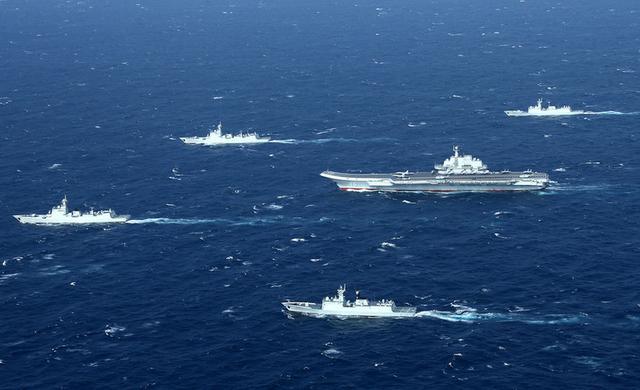 中國遼寧號航母戰鬥群7.1訪特區 10艘護航艦讓港人揚眉吐氣 - 每日頭條