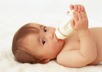 挑選防脹氣奶瓶,向腹脹吐奶說拜拜 - 每日頭條