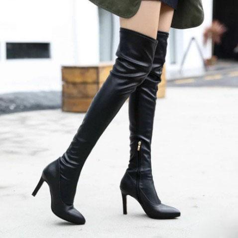 今年最搶手的靴子都在這。八款時髦細跟長靴。過個時髦冬天足夠了 - 每日頭條