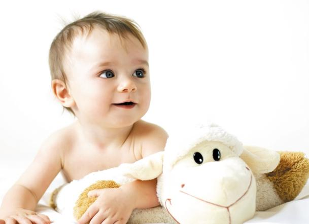 不要輕易擦掉寶寶的胎脂 - 每日頭條