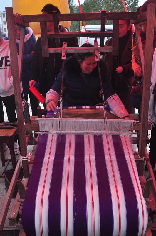 傳統手工家織布,一種懷舊的味道 - 每日頭條