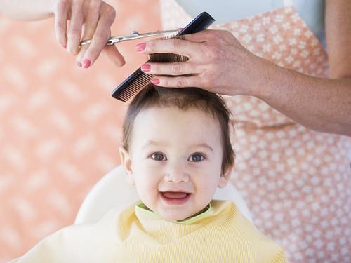 給小寶寶理髮 - 每日頭條
