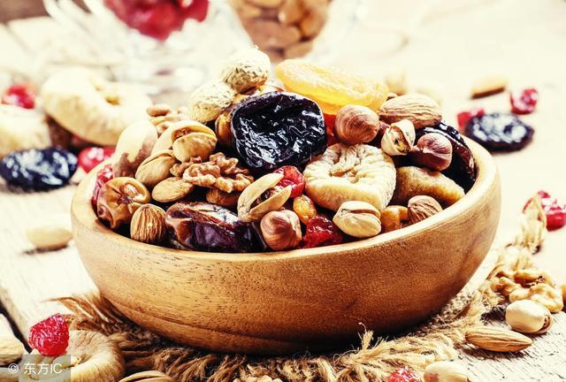 堅果營養豐富。今天你吃堅果了嗎? - 每日頭條