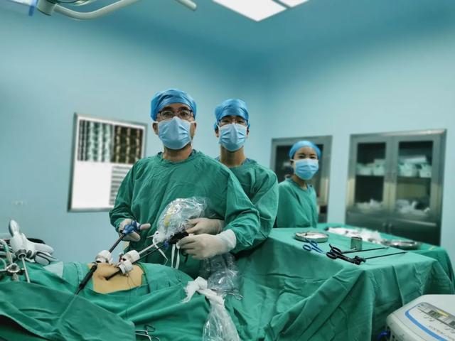 醫療在線丨左輸尿管結石,右腎腫瘤,拿什麼拯救? - 每日頭條
