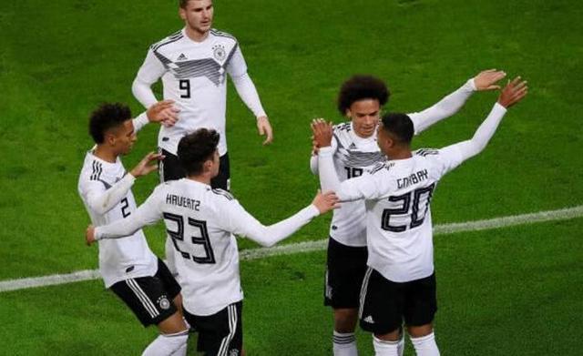 德國最強邊鋒誕生!身價一億歐卻遭勒夫棄用。曼城奪歐冠指日可待 - 每日頭條