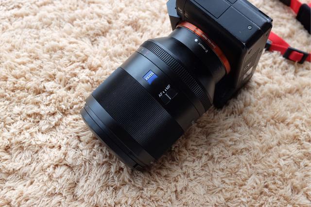索尼微單最強標頭FE50mm 1.4ZA 優點缺點都在這裡 - 每日頭條