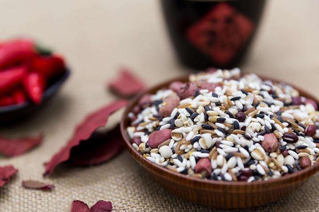 值得收藏的35種五穀營養粥配方——每天一碗粥。喝出好身體! - 每日頭條