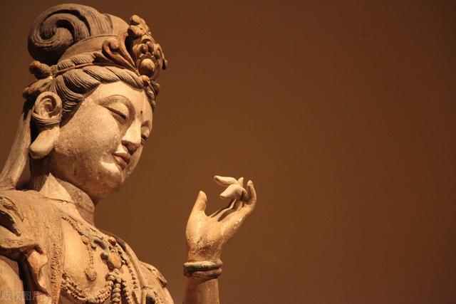 佛教的戒律在家人能不能看呢? - 每日頭條
