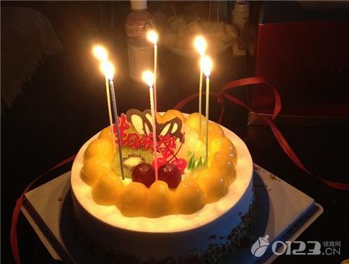 蛋糕美味孕婦慎吃!孕婦能吃生日蛋糕嗎 - 每日頭條