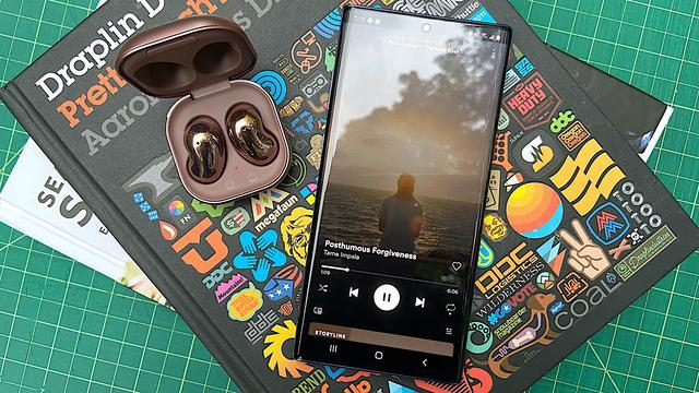 三星Galaxy Buds Live真無線耳機評測:酷炫設計。整體表現如何? - 每日頭條
