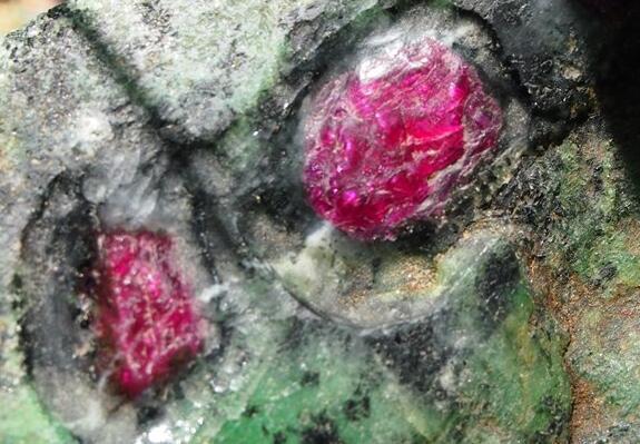如何挑選紅寶石?五個關鍵幫你選出好寶石 - 每日頭條