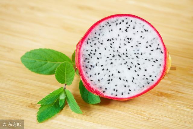 買水果應該選大的還是小的,火龍果是什麼植物的果實,有什麼營養 - 每日頭條