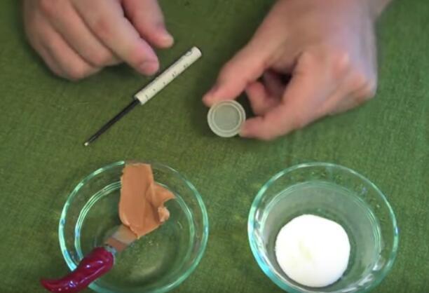 家裡飽受螞蟻的困擾?跟他學學用花生醬和硼砂粉混合物驅趕吧 - 每日頭條
