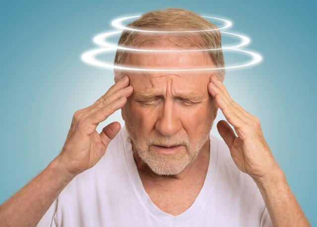 每天頭暈頭痛以為睡眠不足?隱藏的頸椎病發現了嗎?趁早來預防 - 每日頭條