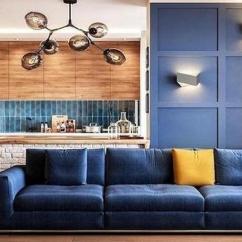 Blue Kitchen Island 36 Inch Table 40平小户型 开放大开间很宽敞 每日头条 设计师采用中岛台以及一面蓝色造型背景墙作为隔断 区分厨房以及客厅 中岛台上铺设了白色文化砖 搭配原木台面 显得非常清新自然