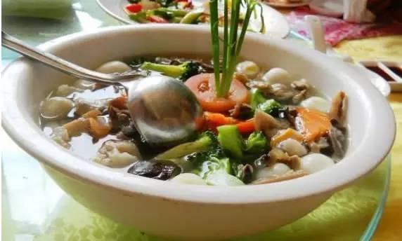 除夕味道 吃福州傳統名菜太平燕和荔枝肉。過年討個好彩頭 - 每日頭條