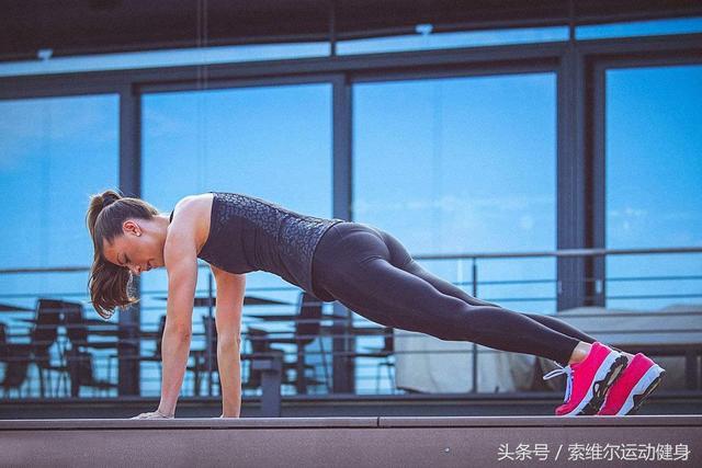 那些關於健身豐胸的動作 - 每日頭條