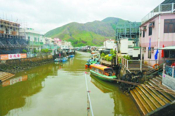 走過香港大澳漁村 水道與棚屋質樸又獨立 - 每日頭條