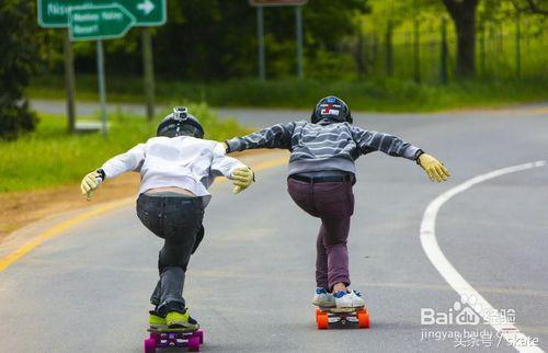 初學者怎麼滑滑板 - 每日頭條