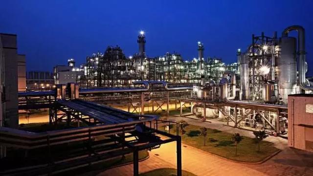 目標全球第一!億噸級鋼鐵「巨無霸」來了 - 每日頭條