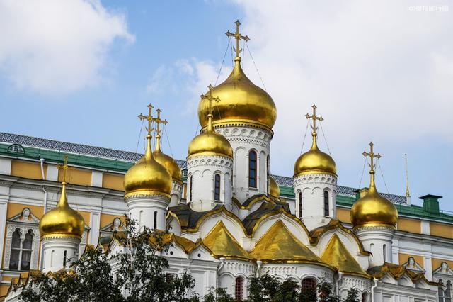 俄羅斯莫斯科克里姆林宮看點不少,女遊客卻最愛這尊「炮王」,入鏡率最高,其中是有何典故嗎 - 每日頭條