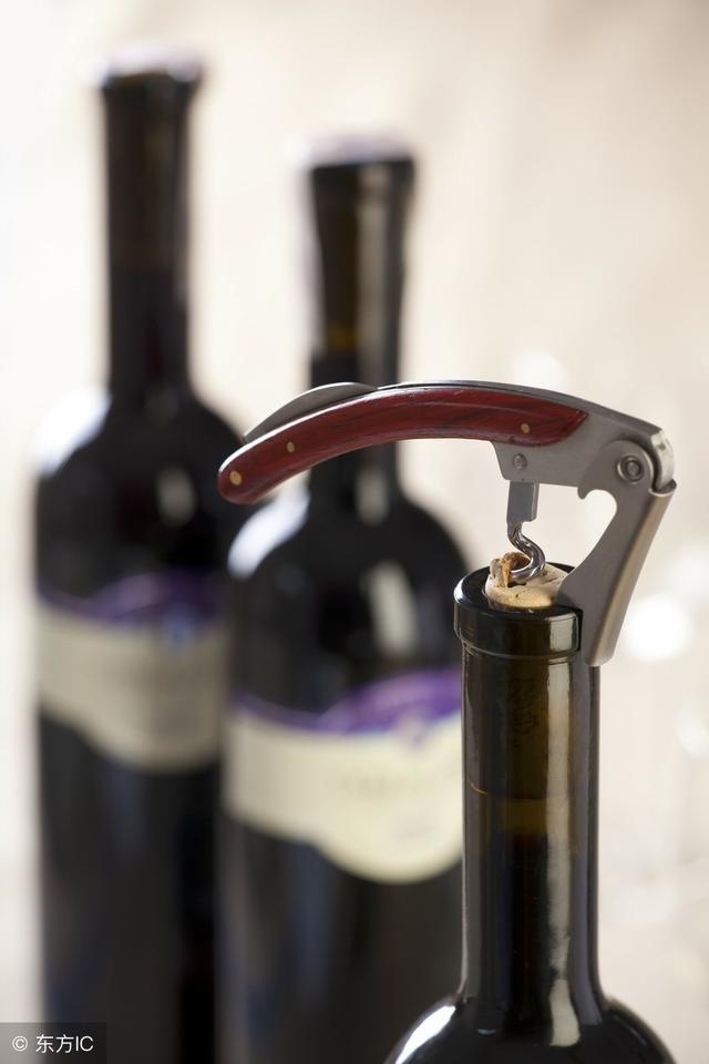 乾貨 | 1分鐘輕鬆get五種開瓶器用法 - 每日頭條
