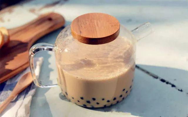 周董最愛的珍珠奶茶。做法原來這麼簡單(附珍珠做法哦!) - 每日頭條
