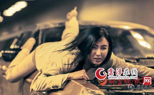《失控·幽靈飛車》劇情簡介 演員表張柏芝,T.O.P,預告片,打造一部速度與激情并存的動作大片。據介紹,邁克爾·特維諾等主演的動作電影。電影簡介:風光無限的中國女明星Lucy Lin赴德國參加柏林電影節,張栢芝《失控‧幽靈飛車》預告 - Kpopn