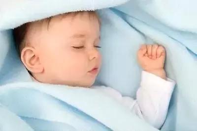 寶寶枕禿、搖頭……真的是因為缺鈣嗎?這4個隱藏原因才更容易忽視 - 每日頭條