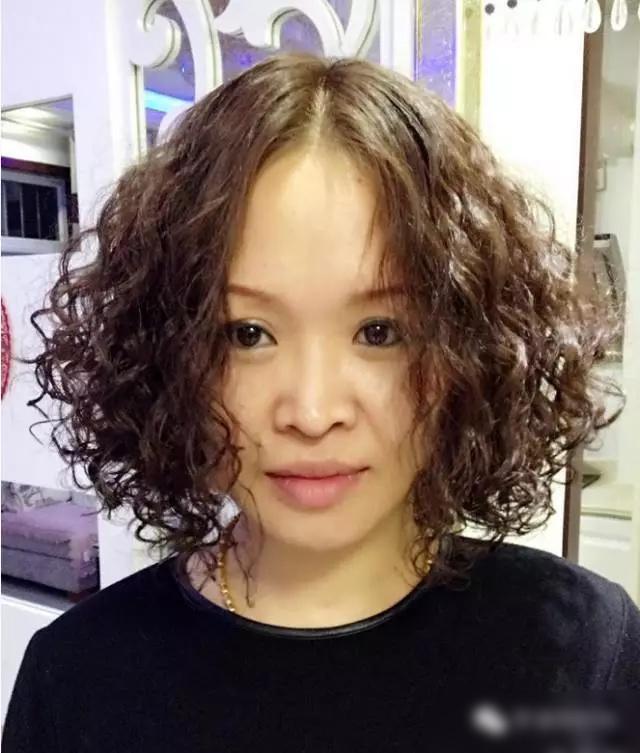 頭髮細軟頭髮少不知道怎麼做髮型?沙宣燙髮適合你,燙完很時尚 - 每日頭條