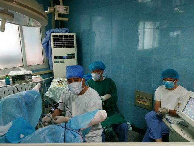 新技術|我院泌尿二科運用新技術治療複雜泌尿繫結石填補醫院技術空白 - 每日頭條
