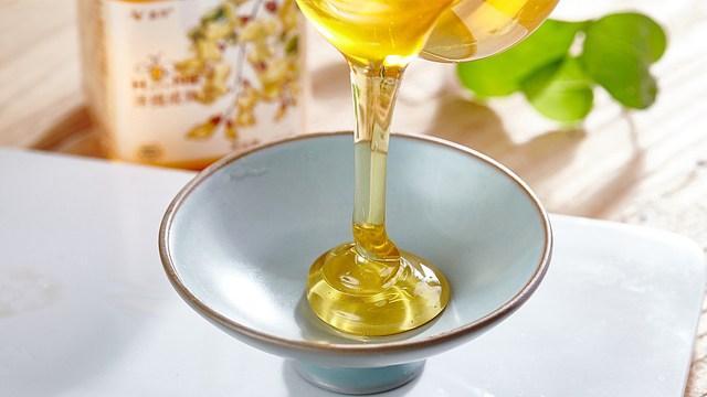 蜂蜜泡水喝的好處 注意事項有哪些 - 每日頭條