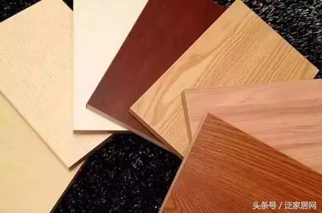 同是板材家具。如何分辨貼紙和貼木皮? - 每日頭條