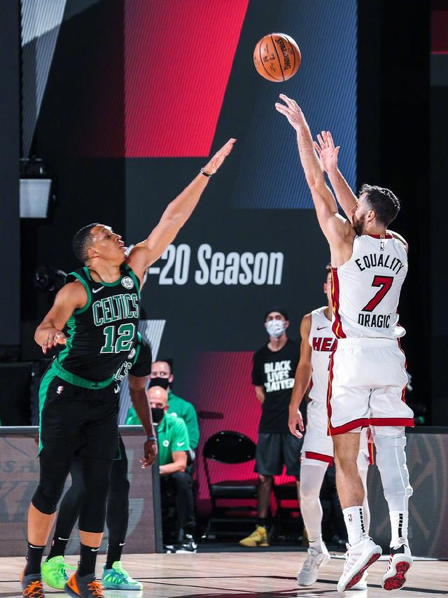 NBA東決直播:凱爾特人VS熱火,綠軍再無退路海沃德趕得上嗎 - 每日頭條