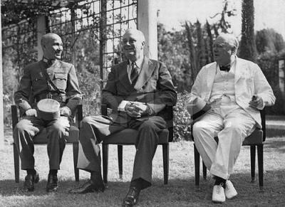 直擊蔣介石與美國總統羅斯福,英國首相邱吉爾的合影照 - 每日頭條