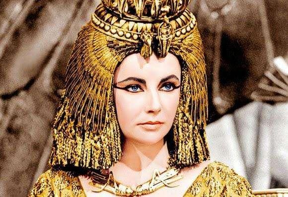 曾經憑美貌收服兩任羅馬首領,迷倒全羅馬人的埃及豔后死因詭異,真相到底如何? - 每日頭條