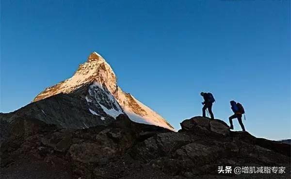 為什麼常爬山的人看起來更年輕?這些好處你知道嗎 - 每日頭條