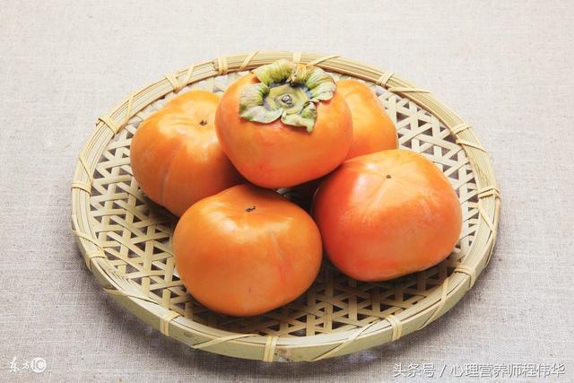 柿子有什麼營養價值?什麼人千萬不能吃柿子?吃柿子有什麼禁忌? - 每日頭條