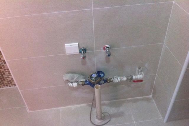 超簡單!家庭滲漏水幾種自測方法 - 每日頭條